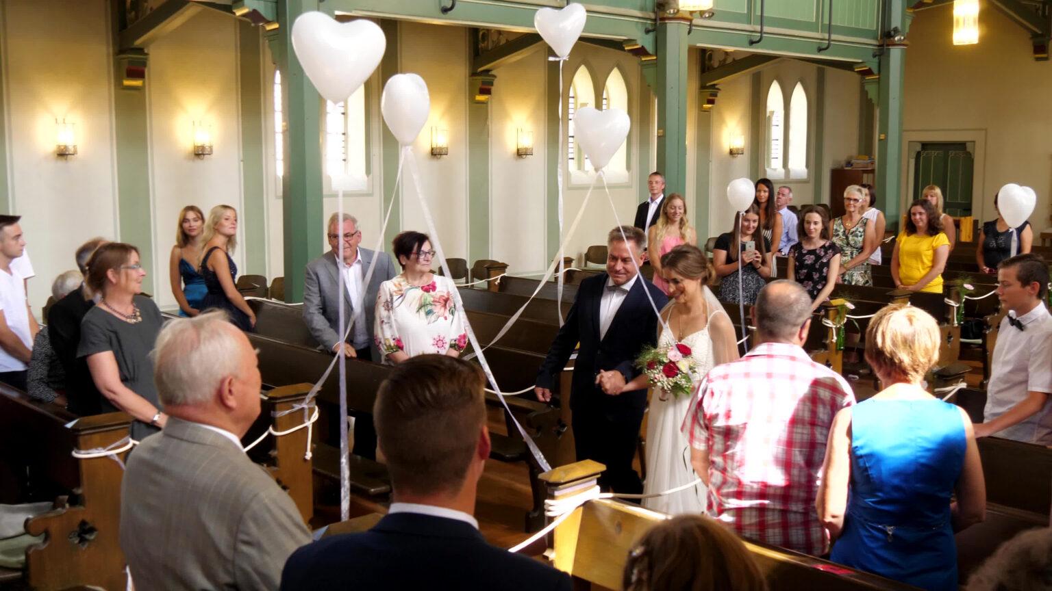 Kirche Helen und Tobias